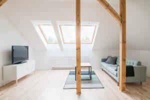 Rénovation de son grenier: comment l'aménager et le rendre habitable?